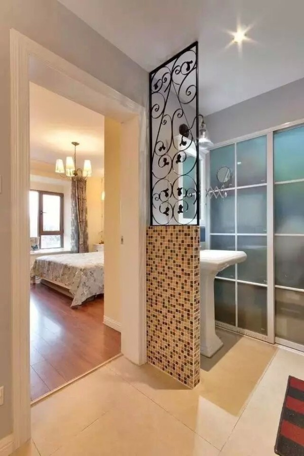 三居混搭简约别墅白领收纳旧房改造80后小资卧室装修效果图片 装修高清图片