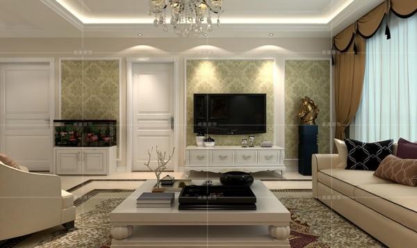 素雅清新的壁纸让视觉得到舒缓,小巧的欧式木柜点缀出活泼之感