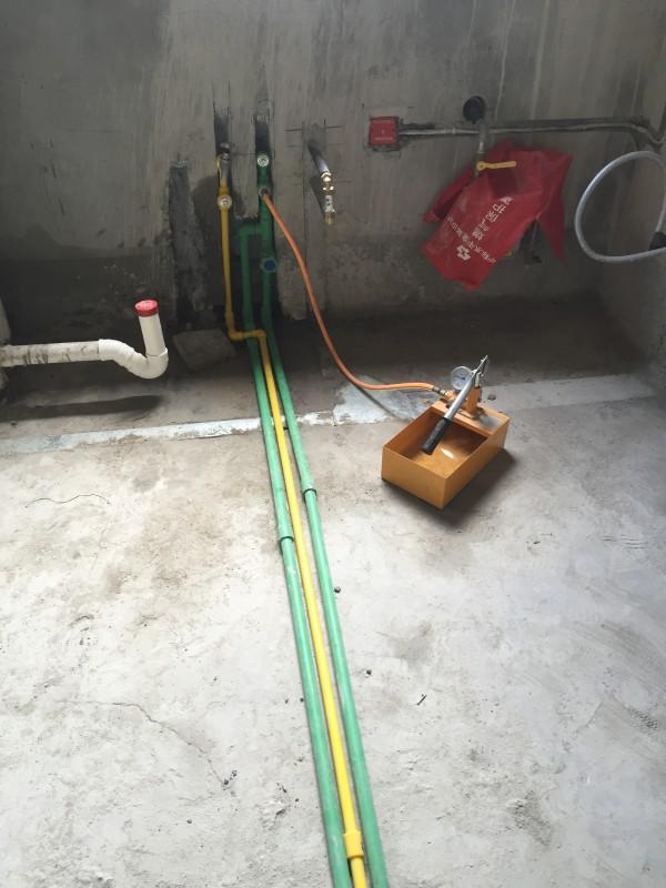 冷热水管铺设,水压测试