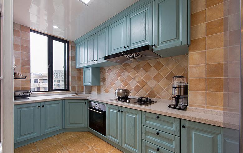 厨房图片来自家装大管家在暖暖温馨 120平简约美式混搭3居的分享