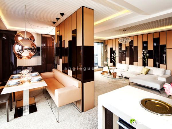 寓所那让人过目难忘而且风格新潮的设计方案里,包括功能多样化的特点、柔和的中性配色、以及给整个空间带来精致和奢华感的装修细节。