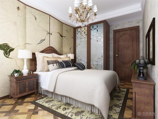 """家是心灵的港湾,本案设计为中式风格,""""中式风格""""是以宫廷建筑为代表的中国古典建筑的室内装饰设计艺术风格,气势恢弘、壮丽华贵、高空间、大进深、雕梁画柱、金碧辉煌,造型讲究对称"""