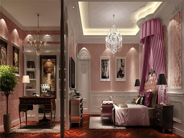 以华丽、明亮的色彩,配以精美的造型达到雍容华贵的装饰效果。