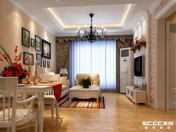 温馨碎花的壁纸点缀背景墙的四周,文化砖的电视墙将搭配复古的地砖,加上暖色系的墙面呼应出整体的温馨感