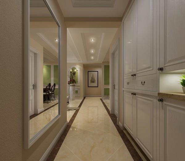 走廊位置的设计效果展示,一侧为镜面设计,另一面为鞋柜设计效果展示,鞋柜设计应该注意功能性