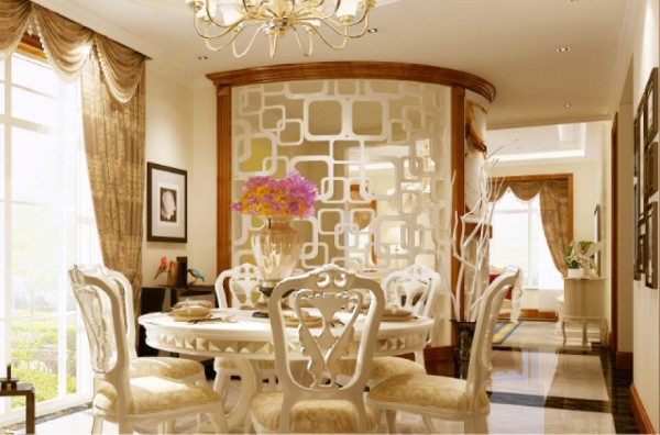 采用了弧形半通透镂空花格的设计,既让玄关成为独立的区域,又巧妙的将餐厅区域与门厅、玄关分割开,而且不影响屋内的采光,真的是一举多得。