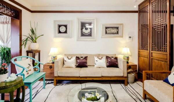 入户、客厅、书房、茶区及洗手区在设计师眼中就是一个整体,只是通过简单的陈设疏密对其分区