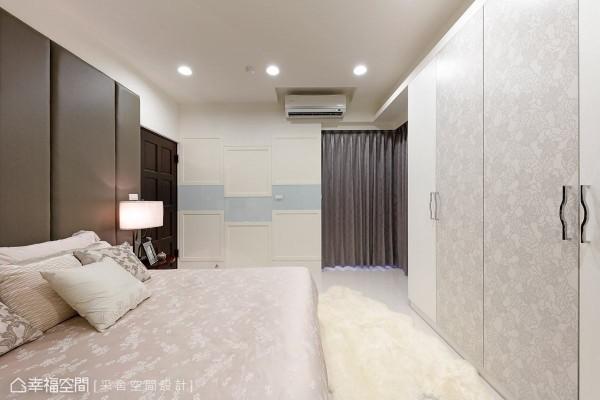 采舍空间设计特别采用无边框的玻璃隔间来界定厨房区域,并加强橱柜收纳机能,让爱下厨的女主人有更完整、便利的环境。
