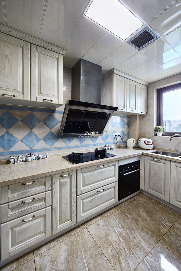 凯德龙湾-地中海-厨房