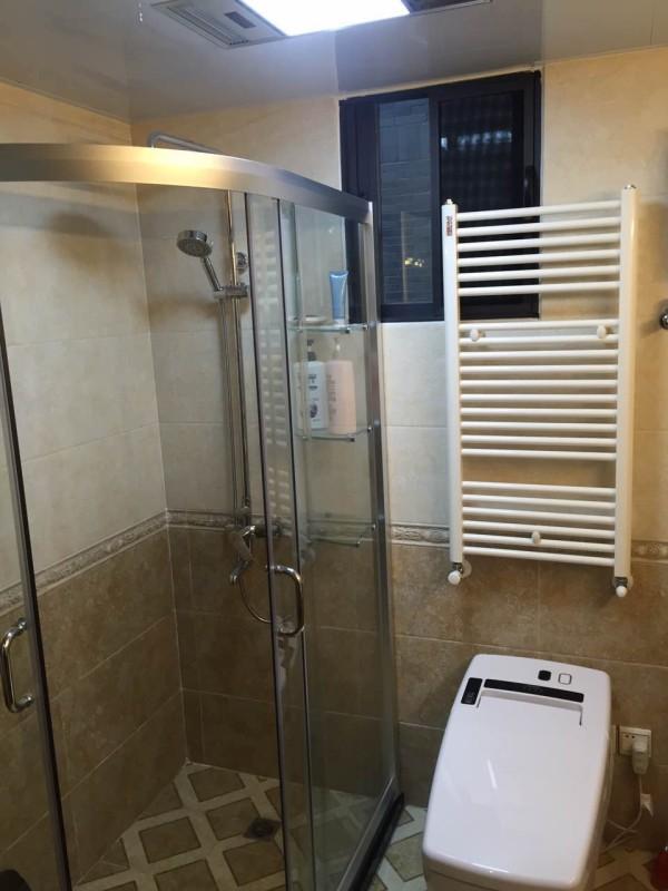卫生间的淋浴隔断干湿分区