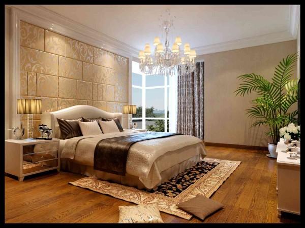 主卧室地面用的是实木复合地板,墙面是壁纸,主墙面做了护墙板设计,做了床头软包设计。