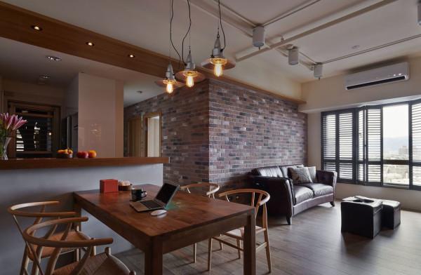 双色复古砖的细腻拼接,在沙发背墙面跳色带出耐人寻味的基底质感