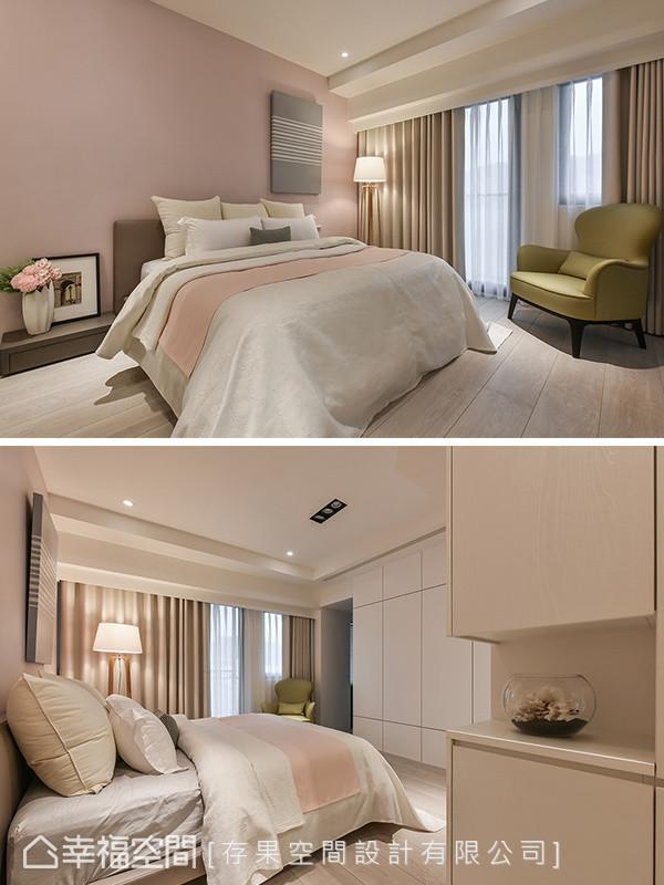 床头主墙饰以女屋主喜爱的粉嫩色彩,与一旁的收纳柜与风格画作,呈现洁净之美。