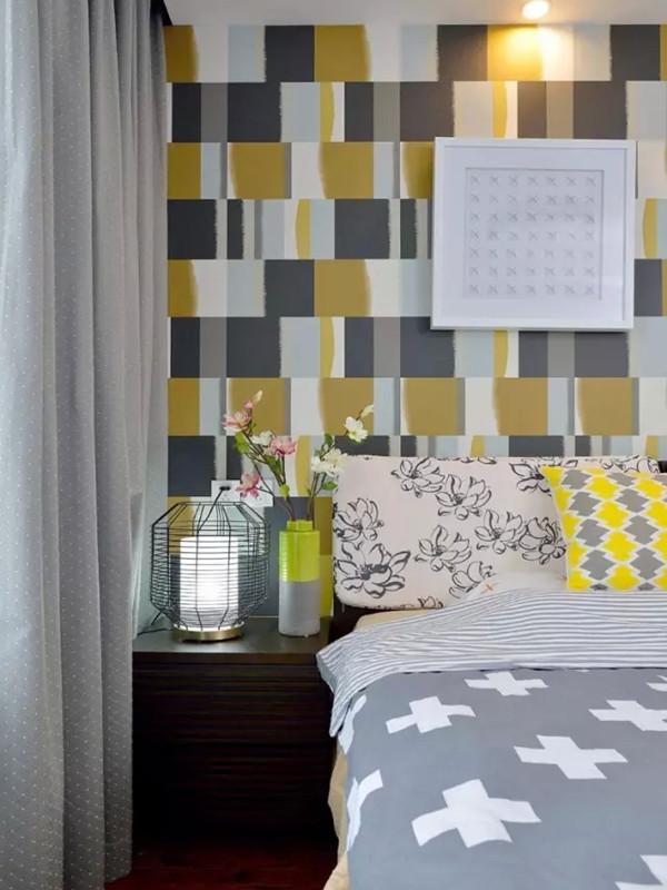 床品和装饰画图案简单而有格调。