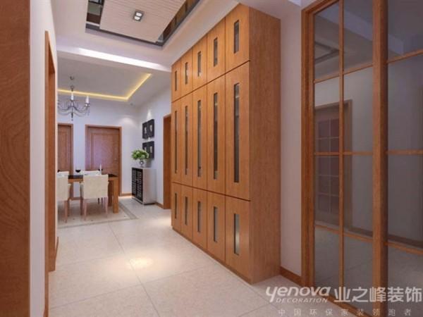 本方案的重点在于通过合理的改造空间结构,运用材质,以及整体家具的融合,达到舒适的效果。