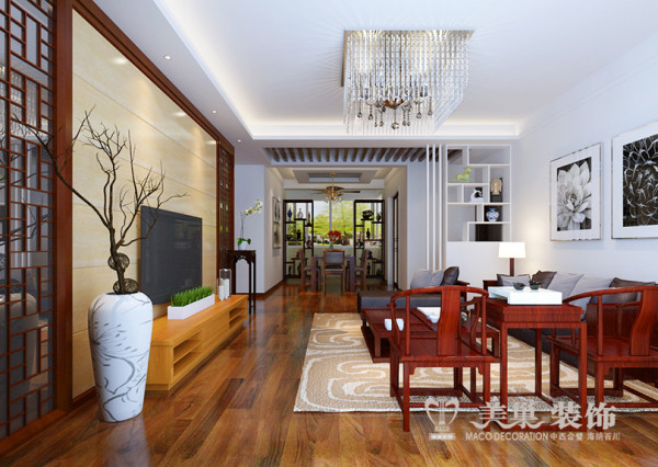 客厅整体吊顶采用L型造型,取意玉如意之文化底蕴,在整体空间中和谐基调上彰显出浪漫的气质,软装与硬装上的中式元素的运用,成就了本案的精髓与灵魂。