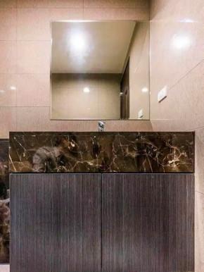 简约 二居 宜家 收纳 小资 客厅 卫生间图片来自沙漠雪雨在100平米简约宜家风二居的分享