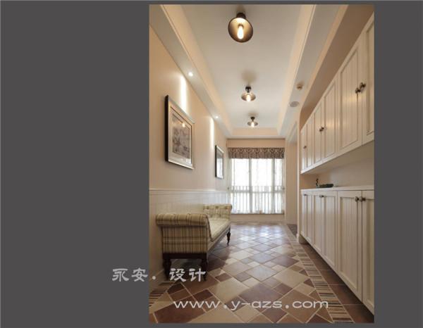 入户电梯厅: 电梯入户不仅意味着居住空间的品质,也是空间由开放转向私密的功能转变区,布艺沙发凳,即使换鞋也能舒适的享受。