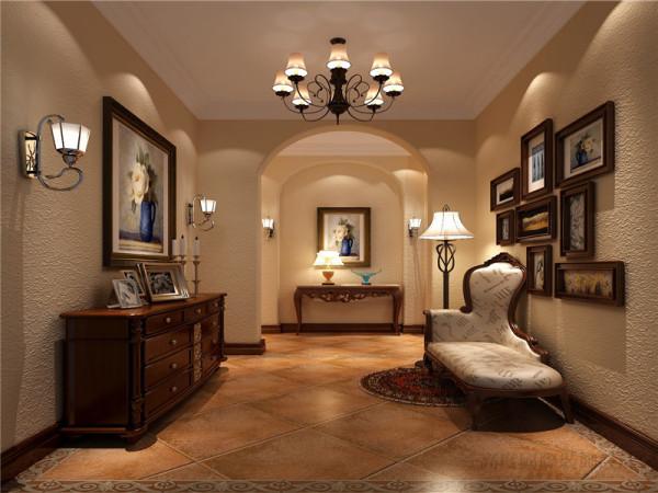 门厅中地砖的图案十分抢眼,深色的吊灯和地砖形成呼应,是门厅的一大亮点。