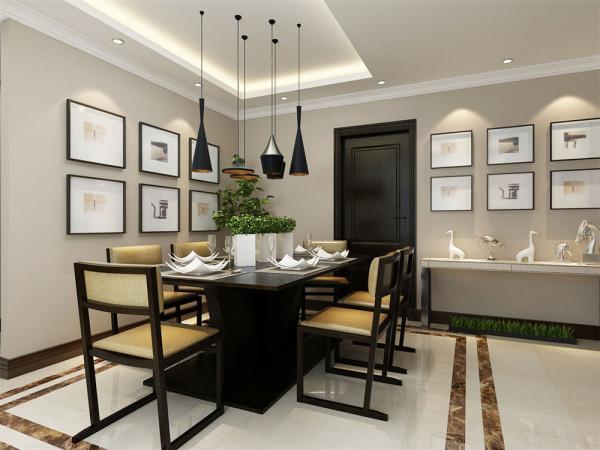 厨房门正对餐厅,放置了一组简约的餐桌椅,再在墙上挂置多个相框,使简约的空间变得不简单起来。且方便生活中烹饪、就餐和打理。
