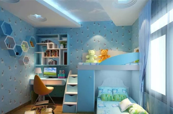 蓝色的墙面,鲜艳的色彩,将儿童房装饰的更具活力。分层式的收纳柜,放上玩具,书籍等,便于拿取。搭配上同色系浅蓝色的棉被,尽显舒适之感。