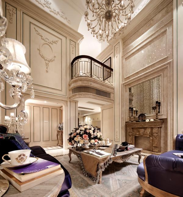 挑高气度下,雕花复古墙面天地延伸完整呼应了全室比例,客厅中的装饰色彩主要是以白色做基调,空间内的装饰色彩则以紫色做主色,这种高贵的色彩装饰搭配上具有法式风格的家具款式,整体可以将法式风格全部都彰显出来