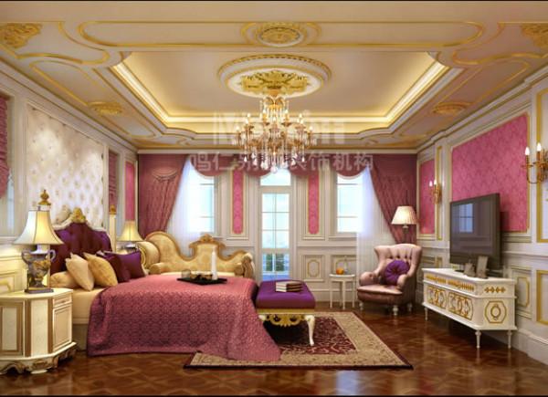 主卧室是主人尽情释放情绪的私密空间,是其缓解压力和疲劳的独享区域。设计师采用温馨的粉色搭配优雅的紫色,营造出轻松、自由的休息氛围,同时诠释出主人的热情、浪漫的情怀。