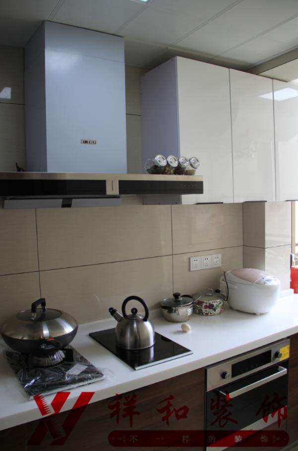 厨房实际效果图。