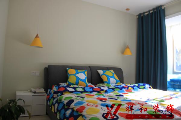 卧室实际效果图。