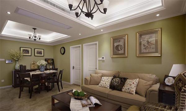 整体色调以浅绿色为主,仿古砖,搭配美式简洁又现代的褐色家具,米灰色沙发和白色的木门,使室内空间简洁又温馨~