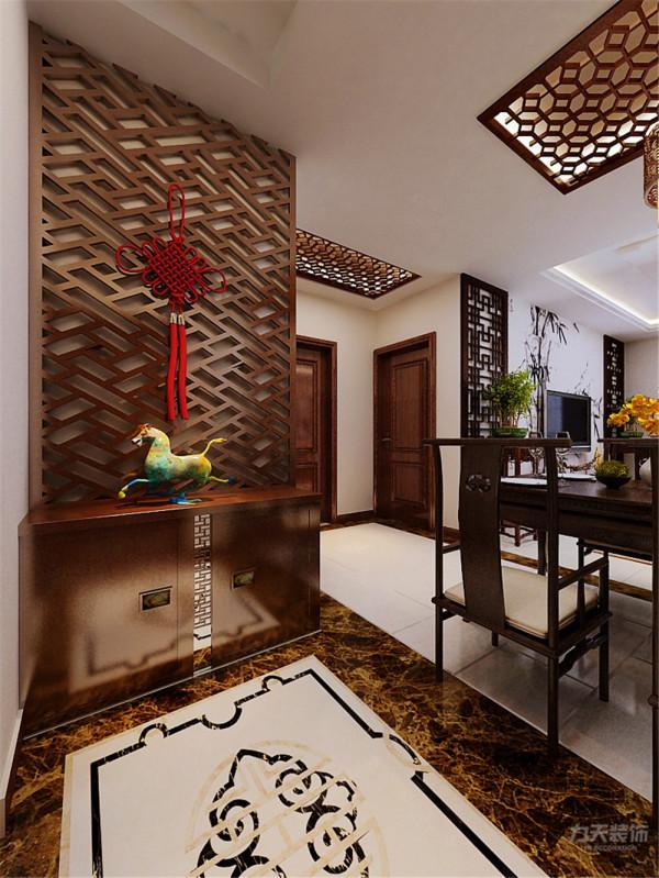 中国文化风靡全球的现今时代,中式元素和现代材质的巧妙兼容,表达对清雅含蓄端庄丰华的东方精神境界的追求。