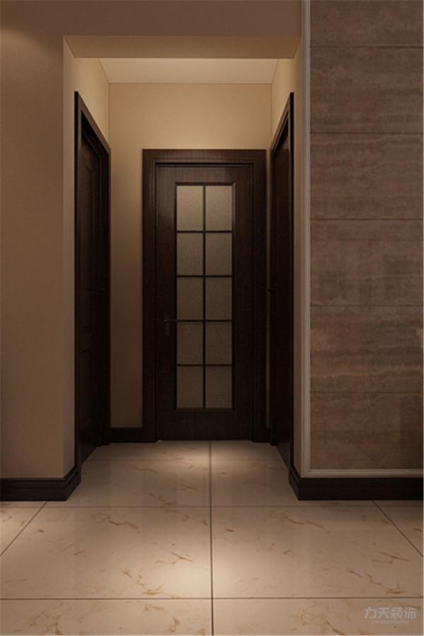 进入入户直走右手边就是客厅,厨房做推拉门式厨房,增加区域与彩光,入户左手边就是书房,书房两边是书架