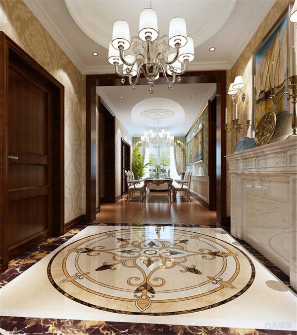 玄关处使用了大理石以及拼花造型作为装饰。