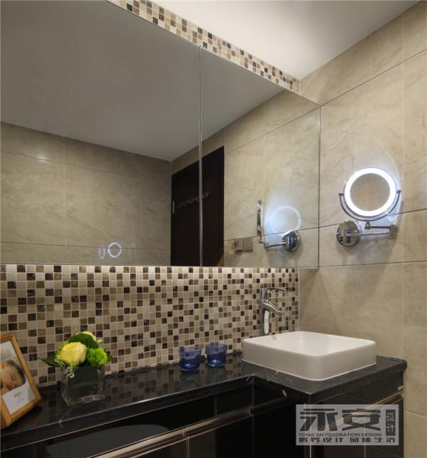 卫生间: 原本不大的卫生间,采用大面的镜柜视觉延伸效果,而且满足了卫生间储纳空间,利用素色马赛克的点缀使得整个空间更有活力,为房屋主人设置了专用的放大式镜中镜,更提高了生活的品质。