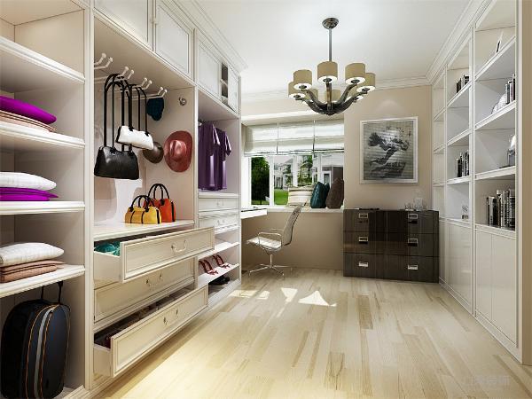 色彩要多样化,在一般的装修风格当中,很少出现三中或三种以上的装饰色彩,而在混搭风格装修设计中,没有装饰色彩的定位和规则