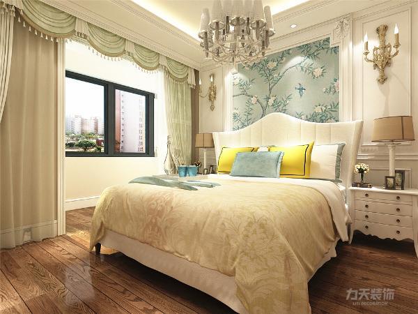 因此,它其实是兼容性非常强的设计,如果把家具换掉,可以瞬间变成现代风格,也可以变成中式风格,总之能做到空间的千变万化。简欧风格具有很强的实用性,也很适合中国人的居住习惯。