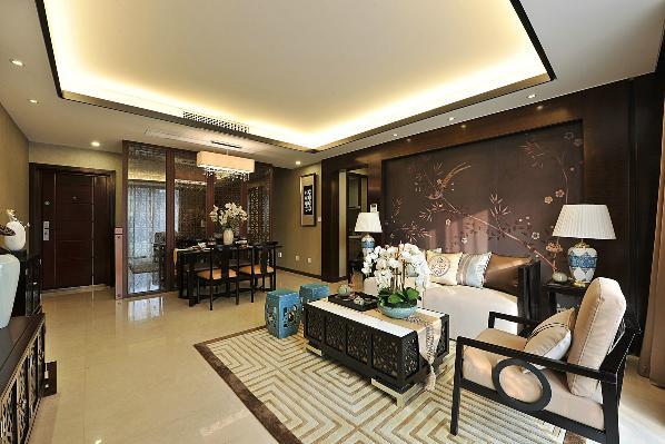 中国对于装修自有其一套方法,特别是室内的装饰方面,更有其明显的特征——精雕细琢。