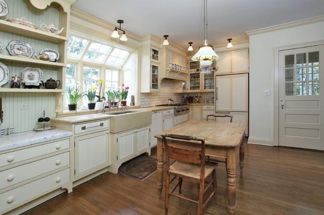欧式田园风格:因为是开放式厨房的关系,所以,厨房的装饰上,主人也花费图片