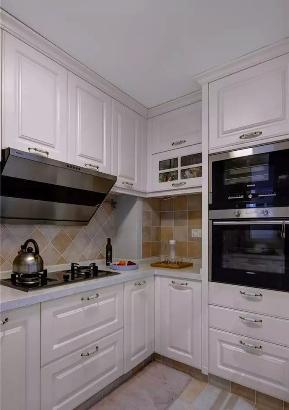 三居 现代 美式 简约 设计 装修 清爽 厨房图片来自高度国际装饰桑瑜