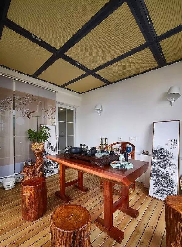 ▲ 露台改造成的中式茶室
