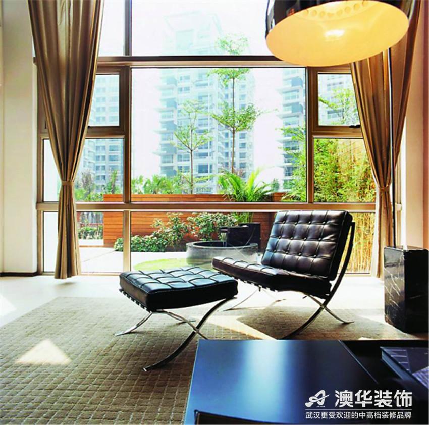 别墅 阳台图片来自澳华会所-杨敏在宁静的奢华的分享