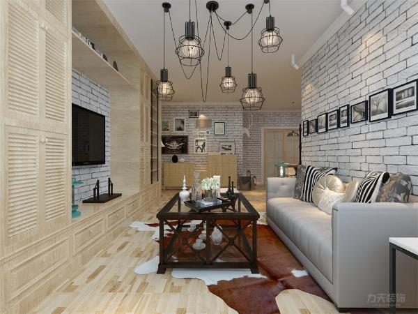 该户型规矩方正,南北通透,光线充足,空间合理,可以为住户创造舒适的住房体验。