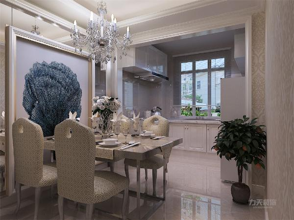 中交越公馆三室一厅一厨两卫,简约风格,120平米,简欧的装修要求只要有一些欧式装修的符合在里面就可以,因此,它其实是兼容性非常强的设计,如果把家具换掉,还可以转化为现代风格,或者中式风格等等。