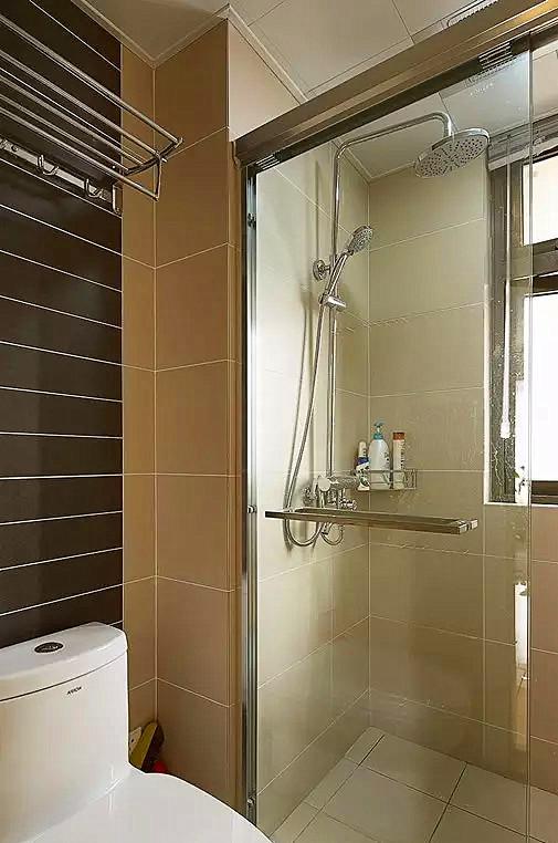 ▲ 一个是淋浴房