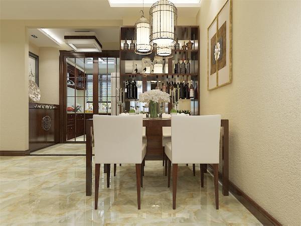 """本案以""""红木为基调"""",清雅含蓄,端庄风华是新中式的基本特点。在室内,窗帘、桌巾、沙发套、灯罩等均以冷色调和棉织品为主、配合红木家具相结合,对称均衡,端正稳健。"""