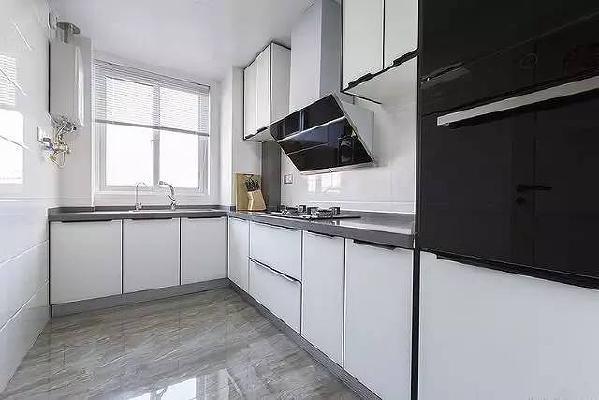 厨房图片来自上海实创-装修设计效果图在婚房你就这样装,简单又大方!图片