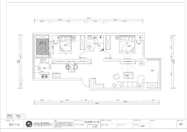 从入户门进入的右手边是客厅的位置,客厅面积比较大,放置衣柜和L型沙发,客厅南北通透,采光通风好,家居摆设合理,电视柜靠墙。