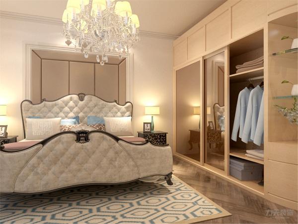 的木地板与欧式床图片