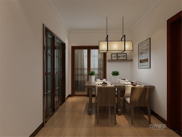 餐厅区域墙布置两块挡板,弥补墙的空白。在卧室区域,也同样以木色为主,用暖黄色灯光衬托,给业主带来舒适温暖的感受,在阳台区域,放置一套休闲桌椅,供主人休闲娱乐。