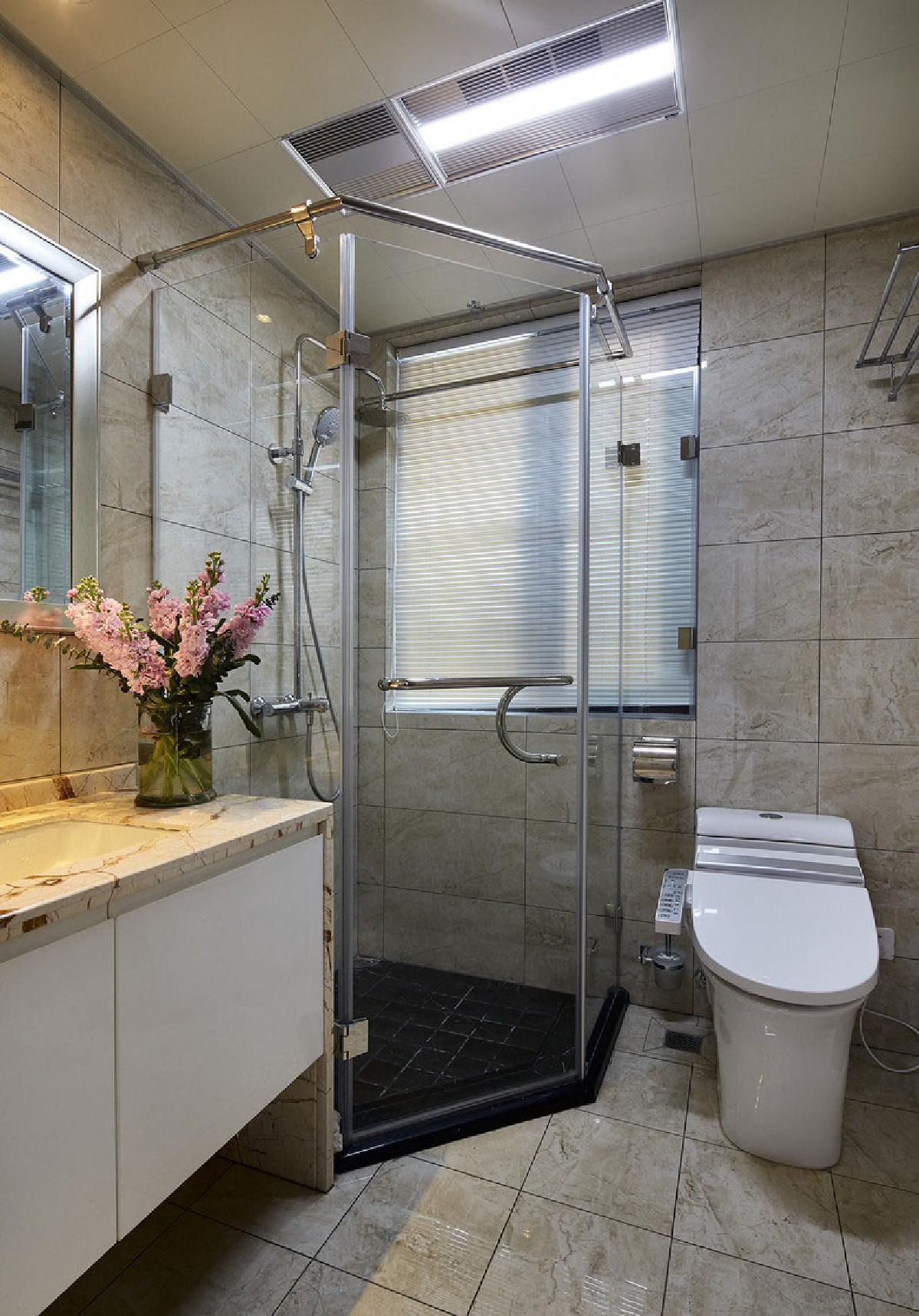 厨房与卫生间并排怎么装修